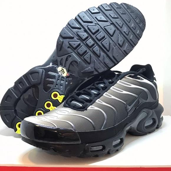 Nike Men's Air Max Plus Black Grey 852630 039